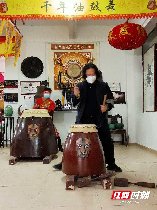 湖南举办线上宅居舞蹈展演活动 面对疫情展现向上态度