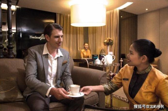泰国签证,出入境还能享VIP服务,多少钱才能办?