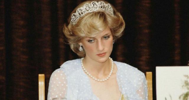 旧时光:英国戴安娜王妃生前最落寞的时刻,也许你从未见过