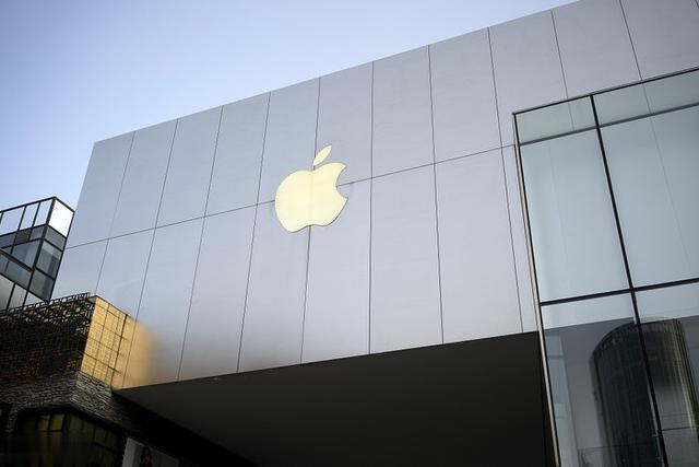 苹果正开发环绕触摸屏全玻璃iPhone 任何一面都可充当屏幕