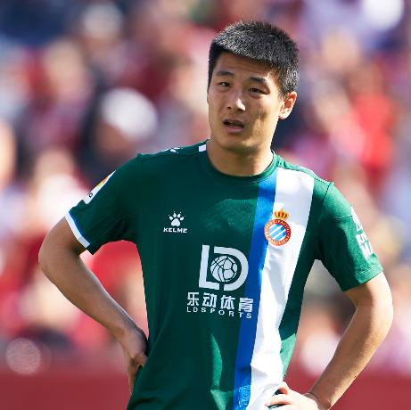 武磊积极防守仅1次射门没有命中赛后获评6.1分