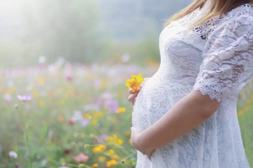 孕妈妈买车厘子吃怎么了?孕期情绪低落,将直接影响胎宝宝成长