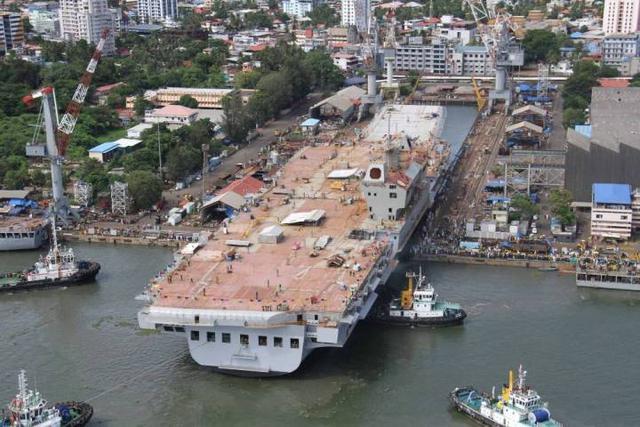 印度不得了:第二艘国产航母比辽宁舰还大,五大国一起帮忙造