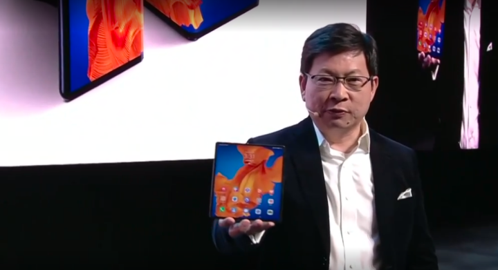 原创             折叠屏成新炫富神器,华为MateXs备货充足也加价?