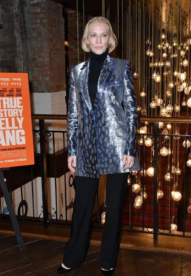 原创             50岁凯特·布兰切特,身材颜值依然在线,连换多套服饰霸气十足