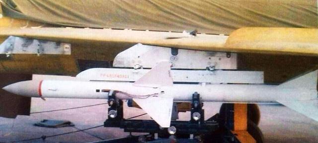 发射后不管,40公里内百发百中!中国这款最新空空导弹有多牛
