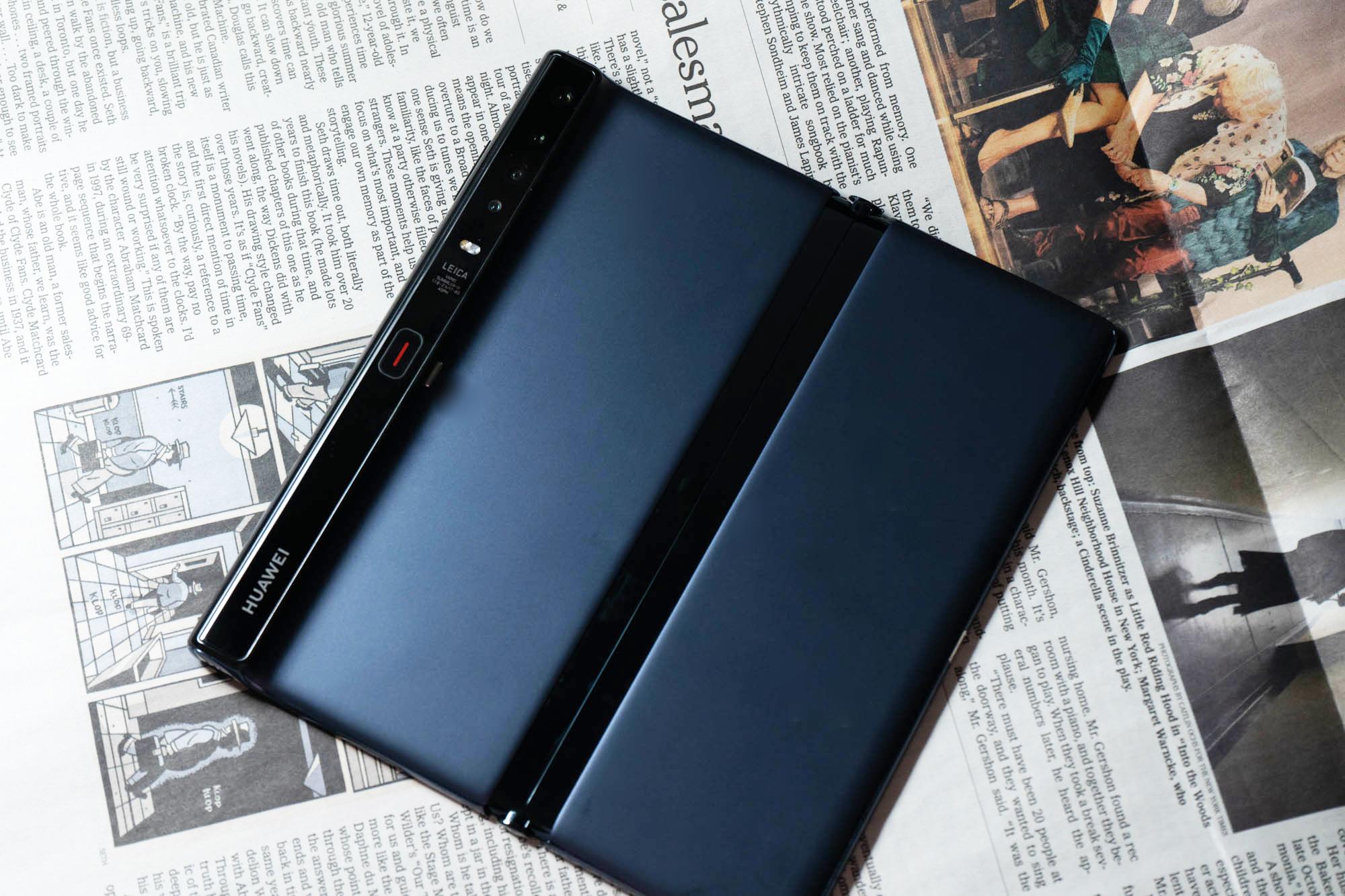 华为折叠屏手机Mate Xs体验:升级铰链,搭载麒麟990 5G芯片