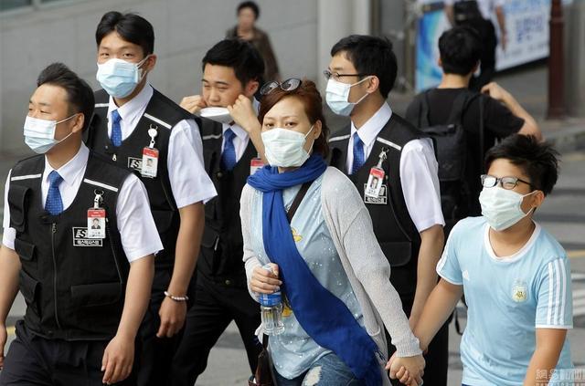 """中国已控制了""""疫情"""",但为何又在美国、日本、韩国、意大利兴起了呢?"""