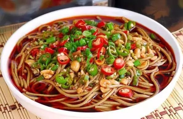 居家学非遗 奈曼旗传统美食——拨面