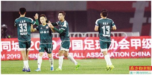 揭秘华南虎解散:球员恐难拿到欠薪 队友无奈找邱盛炯借钱