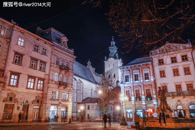 乌克兰这座古城,已有700多年,老城区被列入世界文化遗产