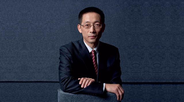 中国又出了位钱学森,在美国名利双收前途无量,但他仍坚持回国
