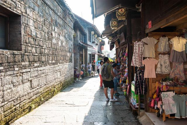 原创             贵州旅行该去哪?这个古镇青山绿水风景美,最适合去享受乡村生活