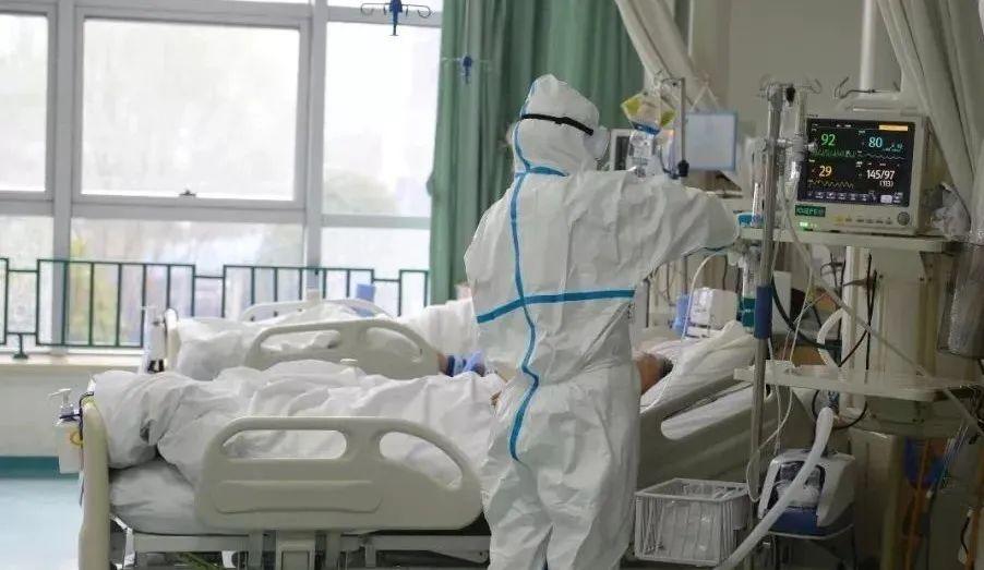 疫记:凌晨3点,那个极度危重的患者苏醒,第1句话让我瞬间泪崩!