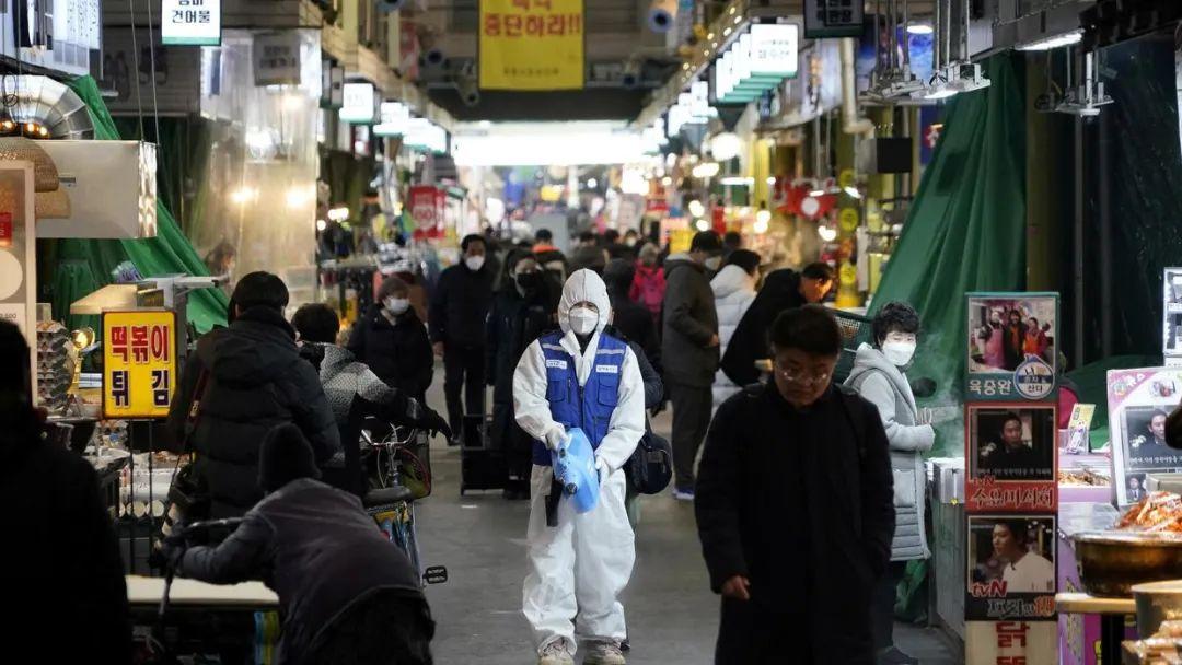 韩国单日新增284例确诊创新高,尚有两万余人等待检测结果!我驻韩大使馆发声