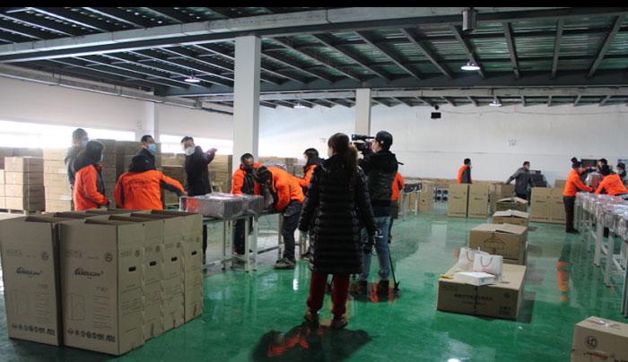 辽宁卫视对通用空气采访报道 生产医用负压净化消毒系统火了