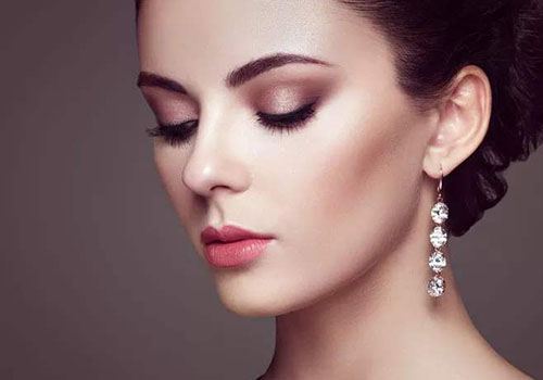 珠宝首饰要怎样搭配才更迷人?
