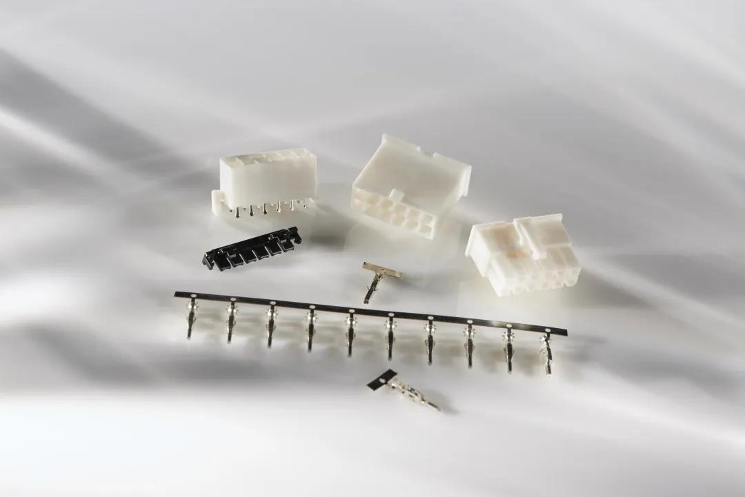 TE Connectivity推出高導電性VAL-U-LOK連接器