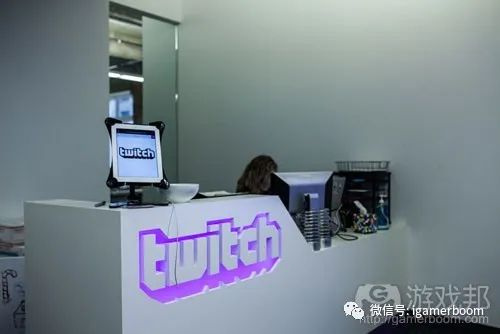 尤其是YouTube和Twitch上的,上
