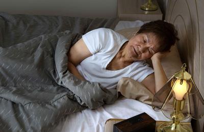 """晚上睡覺時,若有4個表現,謹防血栓""""攻占""""你的身體,早察覺"""
