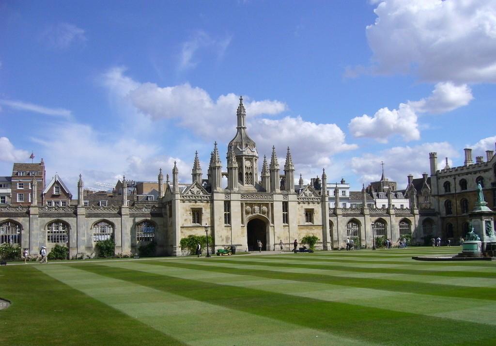 2020考研后留学英国,高含金量名校等着你!