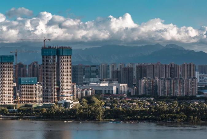 厦门经济总量超过省会的城市_厦门经济特区卡通图片