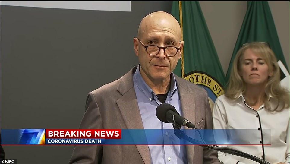 """西雅图报告美国首例新冠肺炎患者死亡,特朗普呼吁民众""""不要慌"""""""