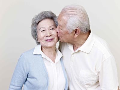 """中老年人的""""長壽特征""""有5個,若全占,說明身體狀態好,無病痛"""