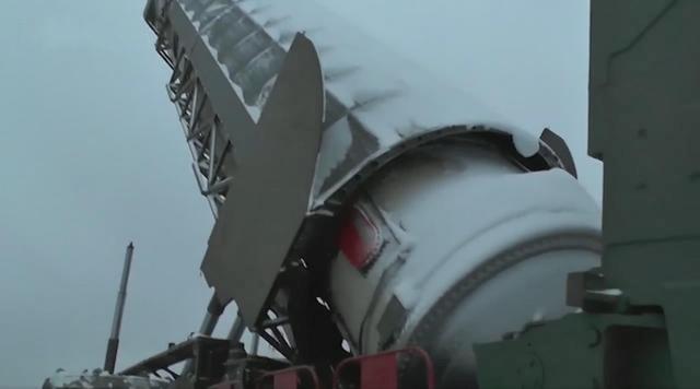 图为俄制萨尔玛特洲际弹道导弹
