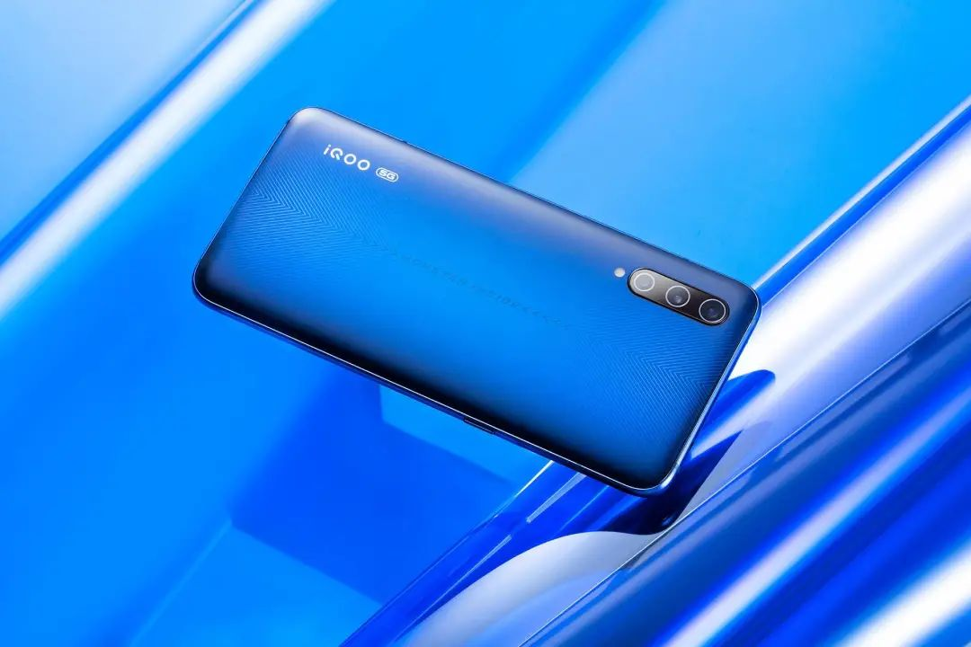4核超薄手机排行榜_「得得交易榜」LTC单日涨幅为4.27%,TAGZ位居交易量排