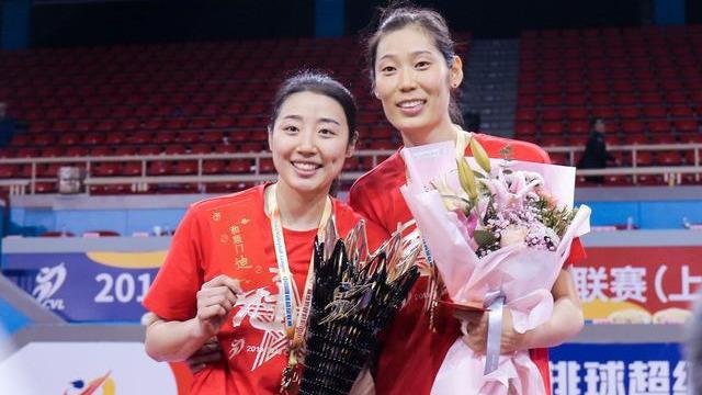 获得排协官方肯定,中国女排2争议球员,有望首次踏上奥运会征程