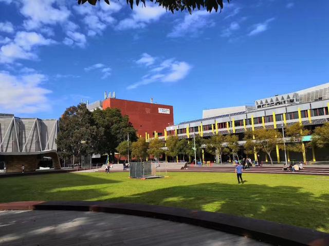 蒙纳士大学2020年课程、重磅奖学金大集结