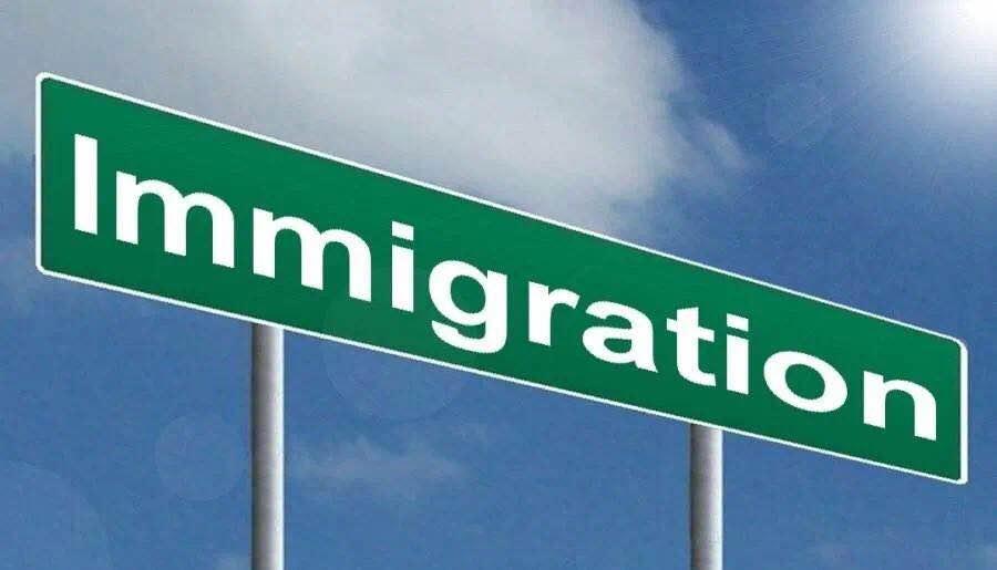 梁建章:移民政策与生育政策改革哪个更紧迫