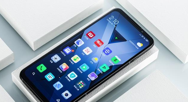 5000毫安+65w快充!还是首款骁龙865游戏手机,重量却很尴尬
