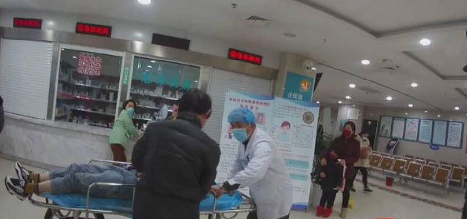 淮安17岁女孩吞下60颗感冒药……
