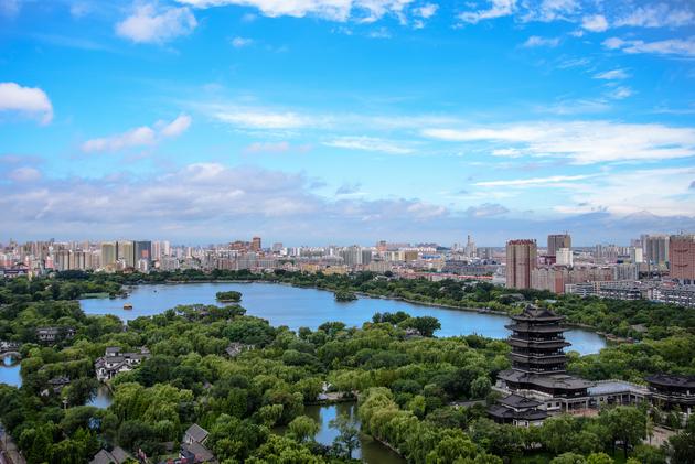 济南人口_济南市去年末常住人口超890万人,户籍人口796万