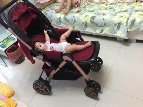 五个半月的娃因奶奶的这个行为出现脊柱变形,家长们要当心!