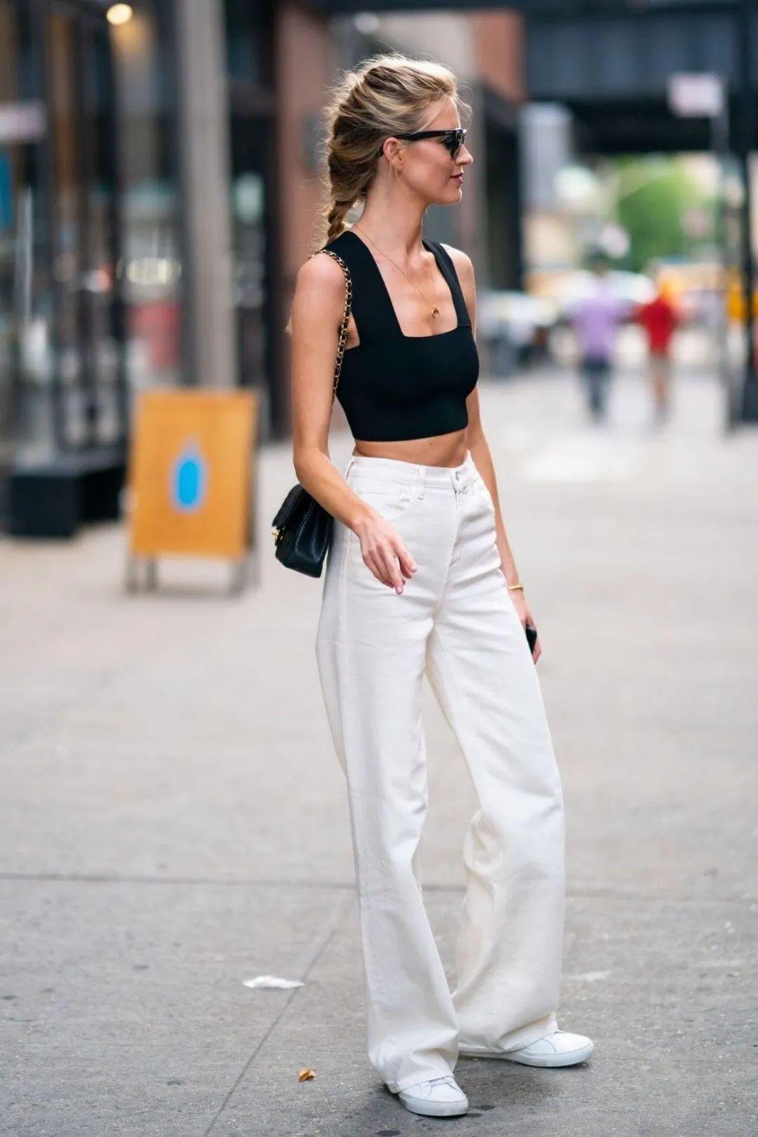 小白鞋一直在线,时髦精从未停止穿它!