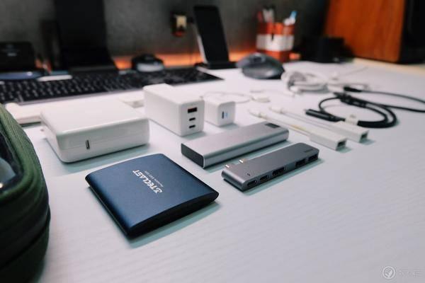 全员USB-C:我的数码配件包