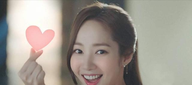 整容最成功的韩国明星是谁 朴敏英整容前后照片曝光 脸一点也不僵