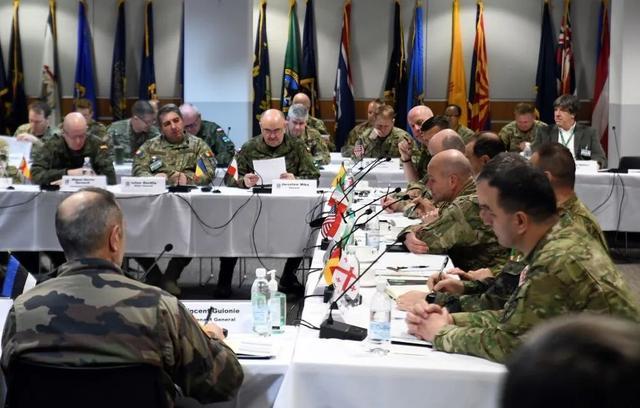 波军总司令确诊,曾赴北约军事会议,欧美军方高层或被病毒一锅端