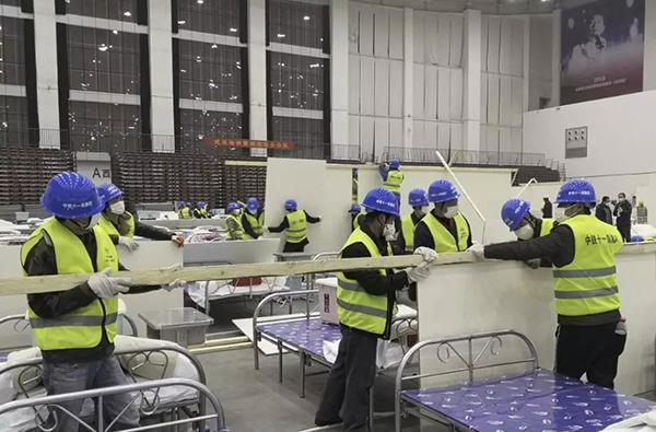 武汉方舱医院的35天:抢建16家收治1.2万人,十天全部休舱