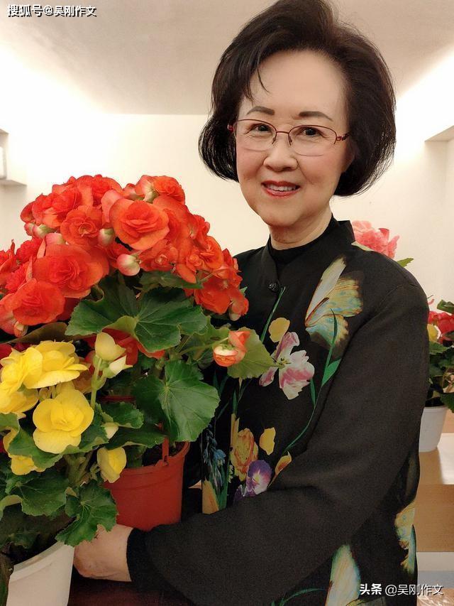 琼瑶:言情小说教母,给了我们爱情观的萌芽与滋养......