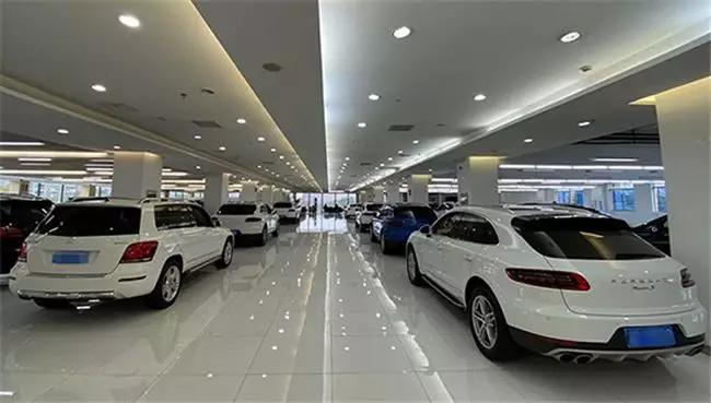 线上销售成车企新战场 赶鸭子上架的线上卖车效果几何?