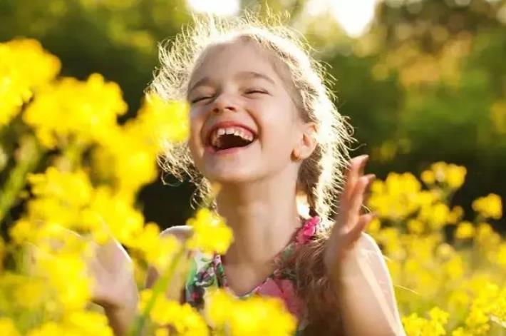 """""""自律"""",既是父母对孩子的希望,也要成为父母对自己的要求"""