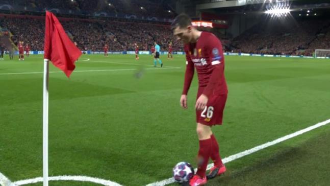 2-3马竞后,利物浦官博被爆破:萨拉赫差梅西一大截!范迪克眼神防守