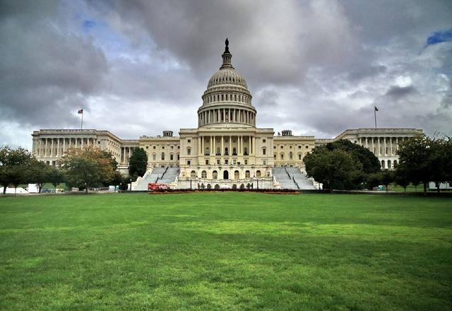 2019年美国人均GDP为6.5万美元 欧盟27国人均近3.2万美元