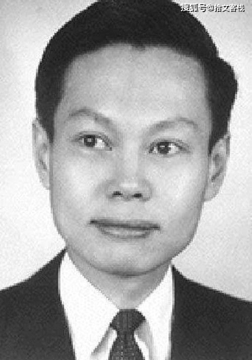 原创            杨振宁父亲:中国第一个数学博士,至死不肯原谅儿子放弃中国国籍