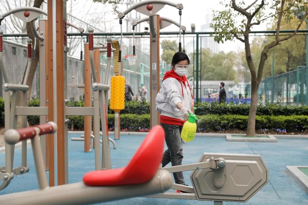 """上海体育场馆""""一客一用一消毒"""",出门锻炼还需严守规则"""