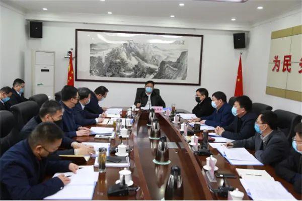 【时政报道】赵居安主持召开区政府第53次常务会议